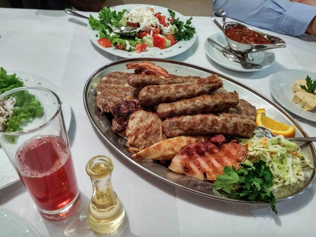 Сербская таверна