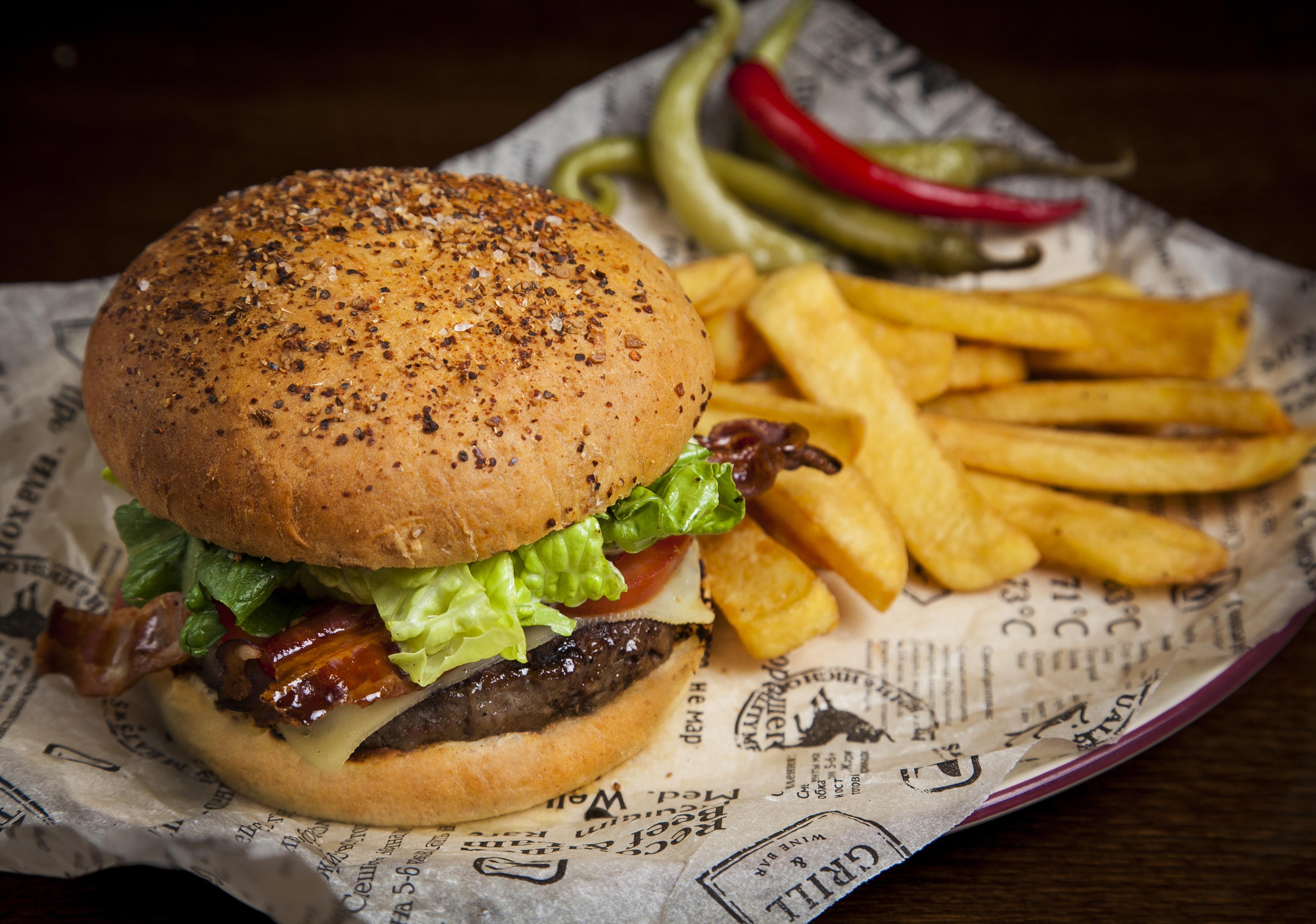 Ресторан Torro Grill - BLT бургер