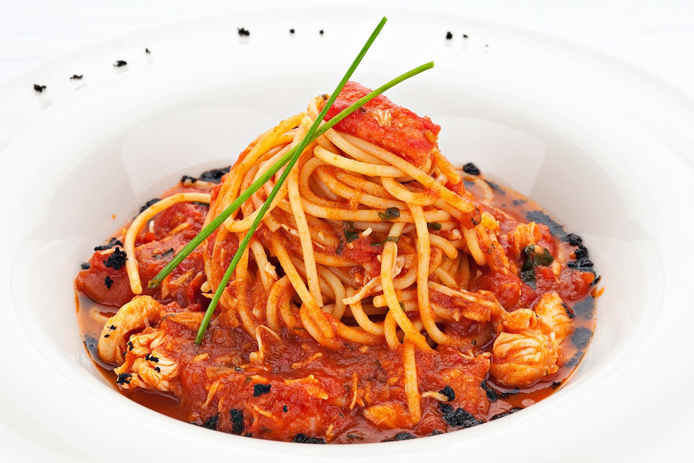 Ресторан Мумий Тролль Music Bar - Спагетти с камчатским крабом в томатном соусе