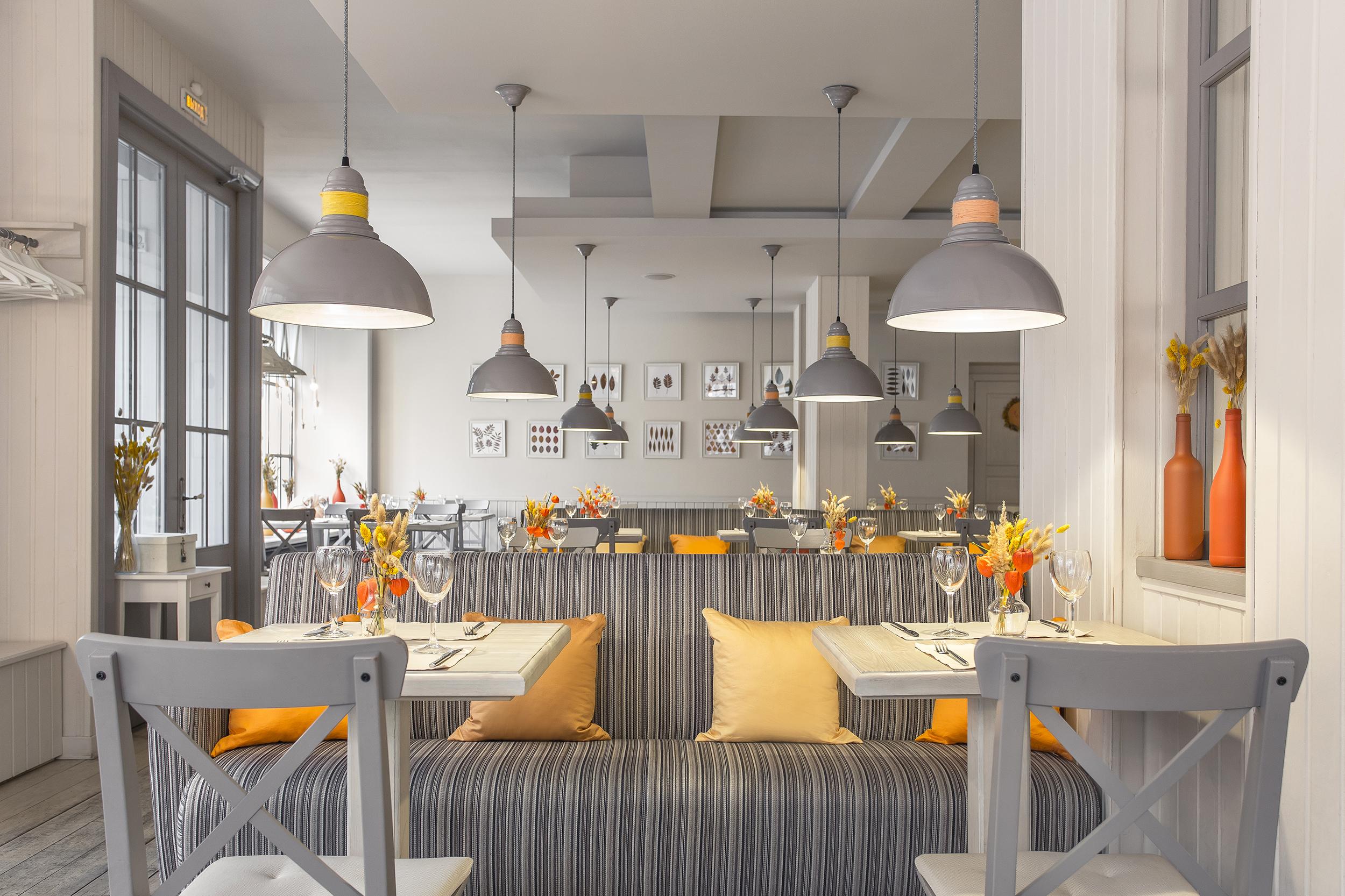 Ресторан Дом-кафе - Осенний интерьер